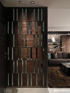 Is Paneling Walls good for Home Improvement? Main Gate Design, Door Design, Wall Design, House Design, Living Room Partition Design, Room Partition Designs, Interior Walls, Interior Design, Partition Screen