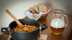 Lecsó with sausage in Remoska Cooking Equipment, Slow Cooker, Sausage, Dishes, Baking, Recipes, Electric, Food, Traditional