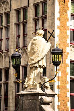St Joannes Neopmucenus, Bruges