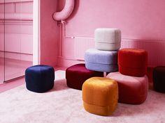 Circus, le pouf coloré et polyvalent de Normann Copenhagen Diy Footstool, Moroccan Leather Pouf, Moroccan Pouf, Space Interiors, Colorful Interiors, Home Trends, Apartment Interior