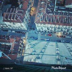 #Torino raccontata dai cittadini per #InTO Foto di tave_97 #mole #torino #urbanart #architecture