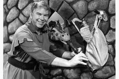 The Friendly Giant, featuring the late Bob Homme with puppets Jerome the giraffe and Rusty the rooster, ran on CBC Television from 1958 to 1985..