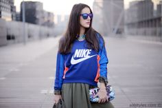 Nike sweatshirt FEARLESS - Essentiel Antwerp
