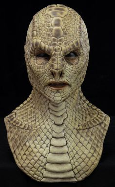 <b>Naga the Reptile Silicone Mask</b> : Tan