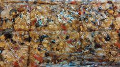 Νηστισιμες μπαρες χαλβα μελι   ξηροι καρποι Pork, Sweets, Meat, Chicken, Kale Stir Fry, Gummi Candy, Candy, Goodies, Pork Chops