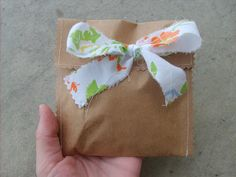 Simple cute packaging, shabby chic for products. Great idea for grab bags and destash bags