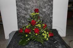 ARRANJOS PARA DIA DE TODOS OS SANTOS :: JardimdaRua Arte Floral, Ikebana, Bouquets, Flowers, Plants, Large Flower Arrangements, All Saints Day, Desk Arrangements, Floral Arrangements