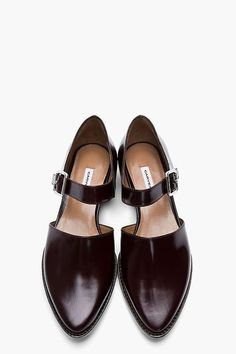 CARVEN Burgundy Leather Buckled D'Orsay Flats. 25 Lovely Street Style Shoes and Outfits To Update You Wardrobe Now – CARVEN Burgundy Leather Buckled D'Orsay Flats. Cute Shoes, Women's Shoes, Me Too Shoes, Shoe Boots, Shoes Style, Flat Shoes, Shoes Sneakers, Daily Shoes, Leather Buckle