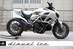 Custom & PaintJob Pictures - Diavel / xDiavel - Ducati Diavel Forum - Page 6 Motorcycle Wheels, Motorcycle Engine, Motorcycle Design, Concept Motorcycles, Cars And Motorcycles, Ducati Diavel Carbon, Moto Ducati, Power Bike, Super Bikes