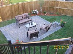 Small backyard landscaping ideas for a brick patio. Come visit us at www.dream-yard.com for landscaping how-to's, picture ideas, and articles.