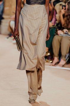Salvatore Ferragamo, Fashion 2020, Fashion Show, Fashion Trends, Milan Fashion, Fashion Details, High Fashion, Fashion Inspiration, Vogue Paris