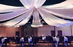 Just one of the many different designs the Granbury Resort Conference Center can do for a wedding! #weddings #Texas