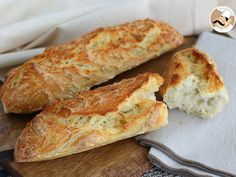 No-knead French baguettes, photo 4 Panera French Baguette Recipe, Baguette Express, Sicilian Recipes, Cooking Recipes, Healthy Recipes, Tray Bakes, Tapas, Food And Drink, Bread