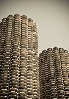 Bertrand Goldberg - Marina City Towers, Chicago 1964