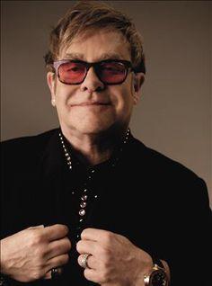 Elton feelin cocky