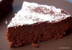 Ich habe einen sündhaft guten italienischen Schokoladenkuchen gebacken: Torta Formosa. Ein Kuchen wie Schoko-Mousse!