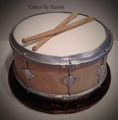 Drum Grooms Cake on Cake Central Drum Birthday Cakes, Music Cookies, Music Themed Cakes, Drum Cake, Basic Cake, Cake Central, Dessert Decoration, Occasion Cakes, Cupcake Cookies