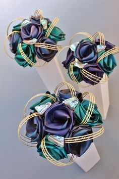 Paua 7 flower bridsmaids bouquets by Flaxation Flax Weaving, Flax Flowers, One Sweet Day, Rose Crafts, Wedding Goals, Wedding Ideas, Fabric Roses, Centre Pieces, Floral Arrangements