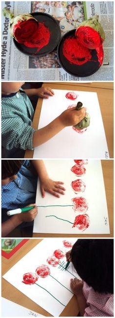Per Sant Jordi, Roses estampades amb carxofa Kids Crafts, Diy And Crafts, Arts And Crafts, Art Crafts, Winter Karten, Preschool Art, Fabric Painting, Painting Flowers, Art Education