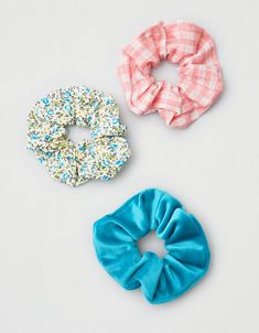 Shop Scrunchies & Hair Ties at American Eagle to find the right accessories for your day! Browse scrunchies and hair ties in new colors and designs today! Scrunchies, Hair Accessories For Women, Clothes For Women, Cute Headphones, Diy Wedding Dress, Hair Supplies, Ponytail Holders, Aesthetic Makeup, Mens Outfitters
