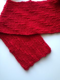 Presenting the Altimeter, 2015 Red Scarf Project Scarf. Infinity Scarf Knitting Pattern, Knitting Patterns Free, Free Pattern, Shawl Patterns, Easy Knitting, Loom Knitting, Charity Knitting, Knitted Hats, Knitted Scarves