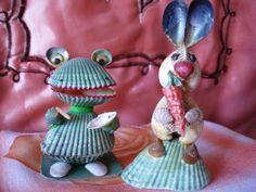 Без названия — Поделки из ракушек своими руками. Поделки из... Seashell Painting, Seashell Art, Seashell Crafts, Shell Animals, Diy Crafts For Home Decor, Shell Ornaments, Painted Shells, Painted Rocks, Sea Shells