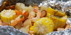 Grilled Shrimp Foil Packs :These quick & easy foil packets take inspo from the beloved (but tedious) shrimp boil.