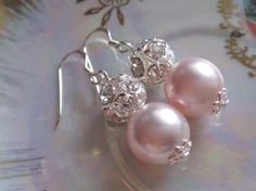 AnnabelleBridesmaids Pink Pearl Jewelry by KathcoJewellery Pink Pearl Earrings, Bridal Earrings, Beaded Earrings, Wedding Jewelry, Beaded Jewelry, Handmade Jewelry, Bridesmaid Earrings, Handmade Silver, Bridesmaid Gifts