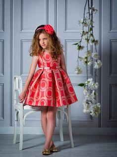 vestido-de-estampado-geometrico-con-falda-tableada-y-cinturon-de-fantasia_1.jpg (410×548)