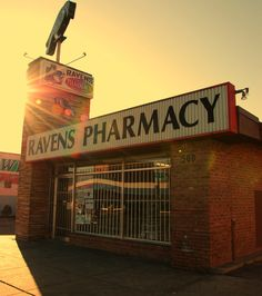 Ravens Pharmacy - Oak Cliff, Texas