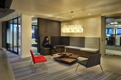 Sioux fixture brings in the contemporary