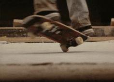 Skate or Die Skateboard Mag, Skateboard Photos, Skateboard Videos, Skate Gif, Skate Park, Cruisers, Herschel Bag, Skate And Destroy, Adventure Aesthetic