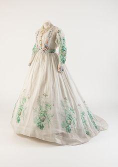 Afternoon dress, ca. 1860s Fashion Museum, Bath.