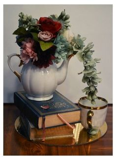 Teapot Centerpiece, Tea Party Centerpieces, Tea Party Decorations, Floral Centerpieces, Floral Arrangements, Teacup Centerpieces, Cup And Saucer Crafts, Floating Tea Cup, Teacup Crafts