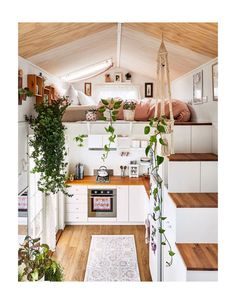Step aside Marie Kondo, Dolly Rubiano is here to claim the minimal living crown, in her pocket-sized pad in regional Victoria. Step aside Marie Kondo, Dolly Rubiano is here to claim the minimal living crown, in her pocket-sized pad in regional Victoria. Best Tiny House, Cute House, Tiny House Plans, Tiny House On Wheels, Modern Tiny House, Tiny House Trailer, House Ideas, Minimal Living, The Design Files