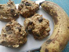 Après quelques jours de chaleur intense, voilà que le mois de mai nous faire ressortir nos manteaux. Grrrr! Pour remédier à la situation, rien de tel qu'une belle recette au nom original pour mettre un peu de chaleur dans nos maisons… hum, je veux dire nos bedons ;-) Parce qu'on ne sait jamais quoi faire... Breakfast Snacks, Breakfast Recipes, Veggie Recipes, Cookie Recipes, Gluten Free Cookies, Nom Original, No Bake Desserts, Biscuits, Healthy Snacks