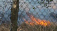 Bij Hoenderloo woedt een grote heidebrand