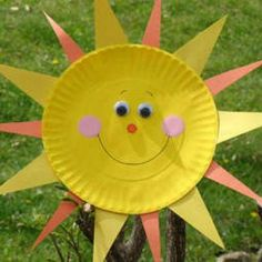 20 Summer Crafts to make with Paper Plates. For the boys :) Van De Maele Van De Maele Adams Pearl Liu Moore Kids Crafts, Sun Crafts, Daycare Crafts, Classroom Crafts, Family Crafts, Summer Crafts, Toddler Crafts, Preschool Crafts, Craft Projects