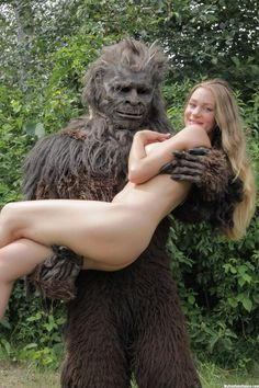 BIGFOOT GETS ALL THE CHICKS