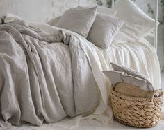 Secret of Charcoal Gray Linen Duvet Cover That Nobody Is Talking About - homesdeccor Bed Sets, Duvet Sets, Luxury Duvet Covers, Luxury Bedding Sets, Neutral Bedding, Linen Bedding, Bed Linens, Linen Fabric, Washed Linen Duvet Cover