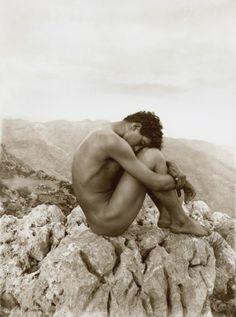 Wilhelm von Gloeden. Cain, Taormine, Sicile, 1911. © Westlicht, Musée de la Photographie, Vienna