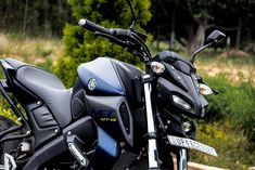 Yamaha MT15 Review: Alien Faced Street Fighter Mt Bike, Bike Pic, Bike Photo, Yamaha Yzf R, Yamaha Bikes, Mt 15, Hero Motocorp, Street Fighter Motorcycle, Racing Stickers