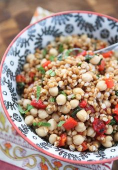 Italian Wheat Berry Salad #Chickpea #garbanzobeans #garbanzos #chickpeas #cook #dinner #vegan #veganrecipes #veganfood #healthylifestyle #healthy #healthyfood #nutrition Wheat Berry Recipes, Wheat Berry Salad, Grain Salad, Salad Dressing Recipes, Salad Recipes, Healthy Recipes, Farro Recipes, Yummy Recipes, Vegetarian Recipes