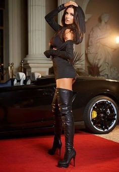 """"""" bootwearer: """"Sexy rich bitch in thigh high boots """" I ❤️ her cool tight mini dress and knee high boots, she has sexy legs and hips💋💋💋 """" love this hooded top Hot High Heels, Sexy Heels, High Heel Boots, Thick Heels, Knee Boots, Botas Sexy, Sexy Outfits, Sexy Stiefel, All Jeans"""