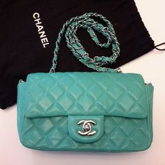 Your place to buy and sell all things handmade Chanel Handbags, Designer Handbags, Chanel Mini, Diamond Quilt, Classic Mini, Quilted Leather, Caviar, Buy And Sell, Shoulder Bag