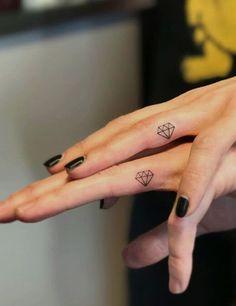 Small Girl Tattoos, Trendy Tattoos, Mini Tattoos, Wrist Tattoos, Flower Tattoos, Finger Tattoos For Couples, Tattoos For Guys, Tattoos For Women, Cute Couple Tattoos