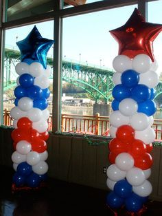 Balloons create a magical look for every holiday. Above the Rest Balloon Designs balloon designs make your holiday event look great! Balloon Tower, Balloon Columns, Balloon Arch, Captain America Party, Captain America Birthday, 4th Of July Decorations, Balloon Decorations, 4th Of July Party, Fourth Of July