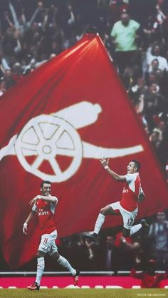Alexis Sanchez and Mesut Ozil Arsenal Fc, Arsenal Players, Arsenal Football, Football Soccer, College Basketball, Arsenal Wallpapers, Alexis Sanchez, Pier Paolo Pasolini, 3d Logo