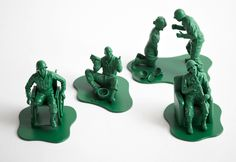 Dorothy_0025a_news Casualties of War Toy Soldiers