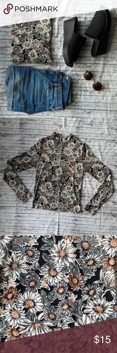 Forever 21 Floral Long Sleeve Top A lightweight Forever 21 long sleeve floral top. Super comfy gently used in great condition.   Tag on inside is cut out because of discomfort, as shown in picture. Forever 21 Tops Tees - Long Sleeve